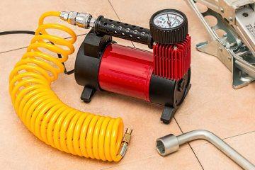 faire pression pneus avec compresseur