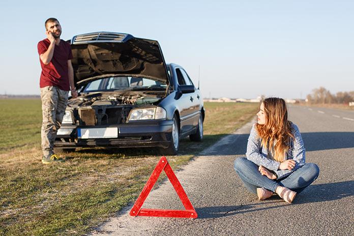en panne sur la route contactez un dépanneur auto